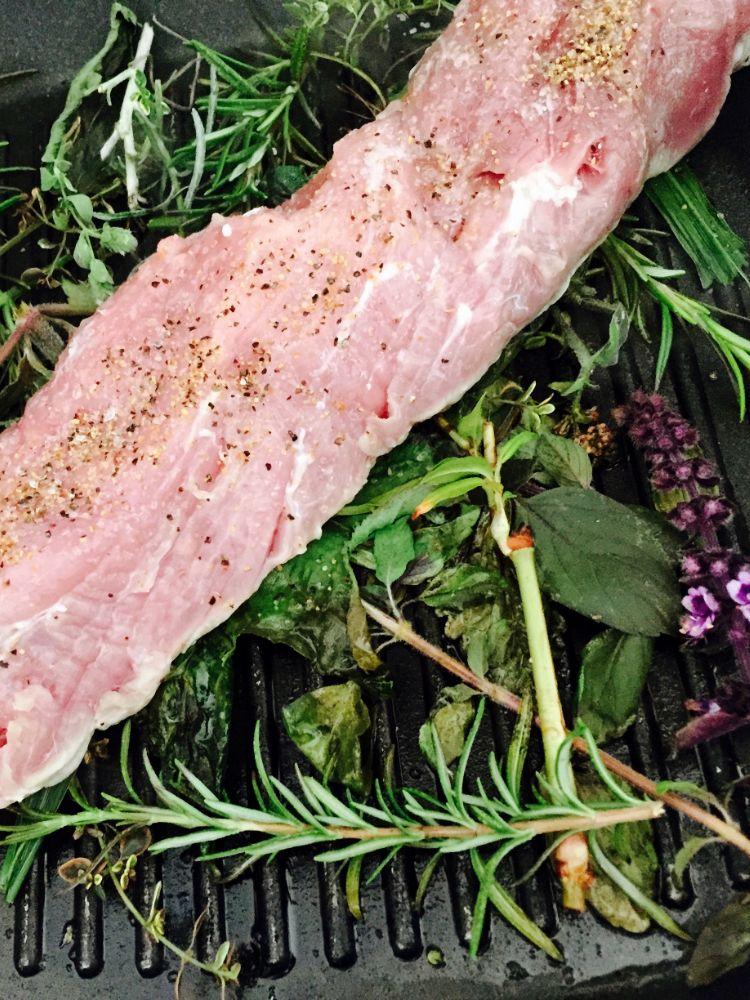 Schweinefilet mit Spargel und Basilikumreis